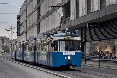 P-Wagen 2005 war als Linie 13 beschildert — inklusive korrekter Seitenbeschilderung