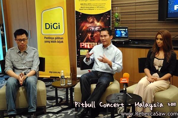 Pitbull Malaysia 2011 Press con-1
