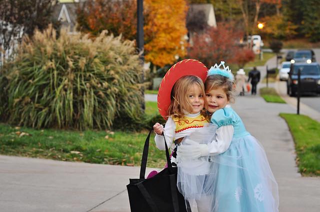 halloween 2011 emma khloe