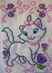 minou (LaPaTs) Tags: cat cross stitch ornament
