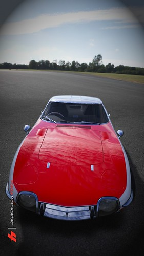 Toyota 2000 GT by ac75d