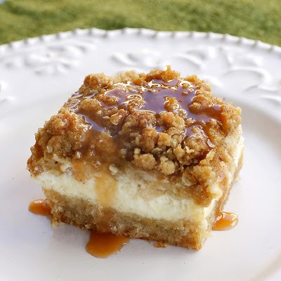 caramel-apple-cheesecake-bars-3