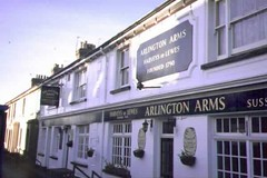 "Arlington Arms Pub • <a style=""font-size:0.8em;"" href=""http://www.flickr.com/photos/59278968@N07/6325399973/"" target=""_blank"">View on Flickr</a>"