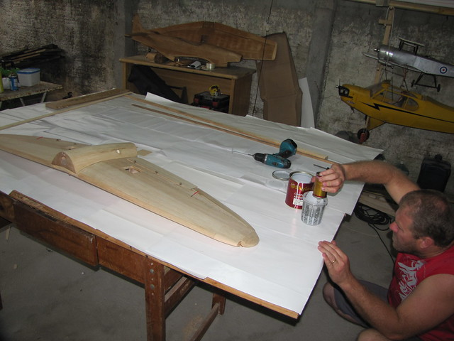 Montagem gratificante P-47 Thunderbolt Do Kit ao AR - Página 4 6341126762_ecb63f5a53_z