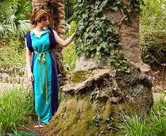 Pompeian lady VIII (SomniumDantis) Tags: woman tree girl beautiful garden greek pond robe ivy classical lovely gown preraphaelite tunic pompeian johnwilliamgodward