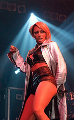 sexy ass keri hilson performing in london