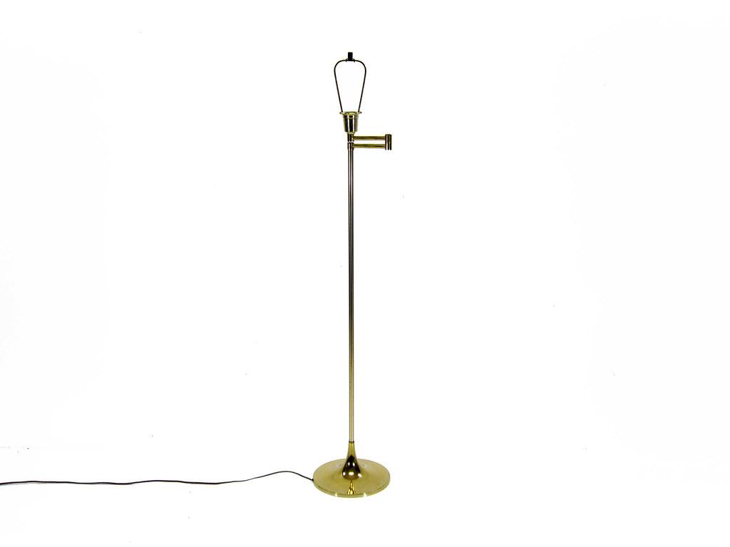 Vintage Brass Laurel Floor Lamp