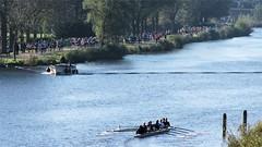 Amsterdam Marathon 2011 - Deelnemers langs de Amstel