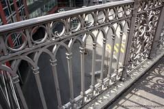 untitled (Miriam Daepp) Tags: barcelona city urban london reflections germany switzerland losangeles citylife streetphotography istanbul lausanne venicebeach bern duesseldorf cityscenes gehryhouse gehryarchitecht