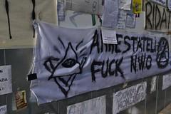 indignati11 (redazionearticolo10) Tags: milano proteste giovani piazzaduomo globalizzazione indignati 15ottobre2011