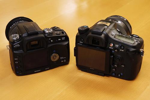 SONY α77 & α100