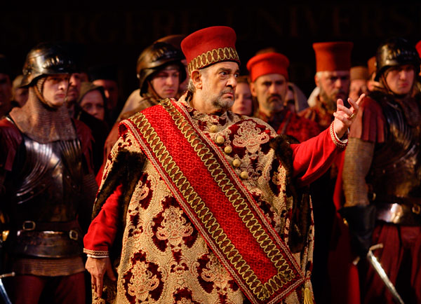 Plácido Domingo as Boccanegra in Simon Boccanegra © Catherine Ashmore/ROH 2009