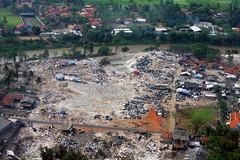 IMG_0048fr (Mangiwau) Tags: west java airport rice shots descent dump aerial tip jakarta rubbish padi ricefields scavengers paddies cengkareng makassar sampah banten sawar