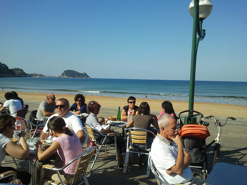 Zarautz | Katixa Surf Bar | Playa