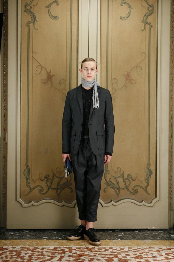 Kirill Vasilev3115_SS12 Milan Giuliano Fujiwara(Homme Model)