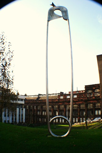 Monument to Maternity, Rottenrow Gardens