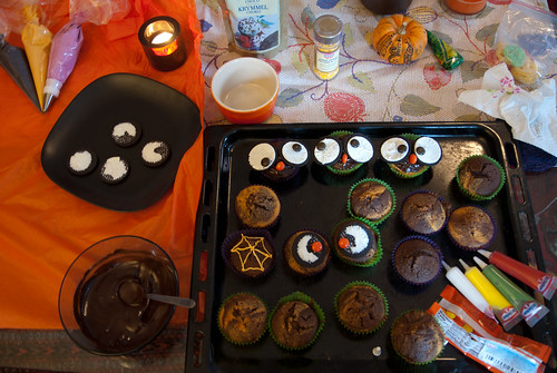 decorating cupcakes!