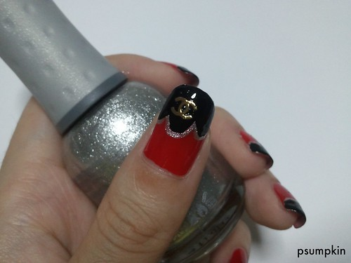 Scallop Nails (Chanel)