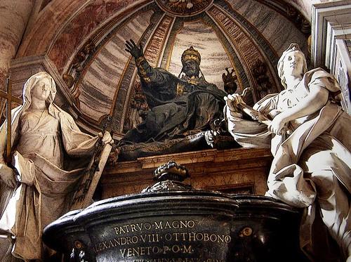 Monumento a Alejandro VIII