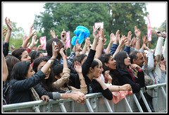 "Crowd [LONDON MELA 2011] • <a style=""font-size:0.8em;"" href=""http://www.flickr.com/photos/44768625@N00/6355846333/"" target=""_blank"">View on Flickr</a>"