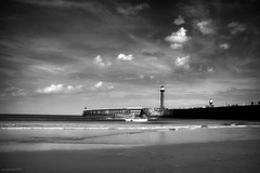 (andrewlee1967) Tags: uk sea england bw lighthouse beach coast whitby gb andrewlee sigma18200mm andrewlee1967 canon50d