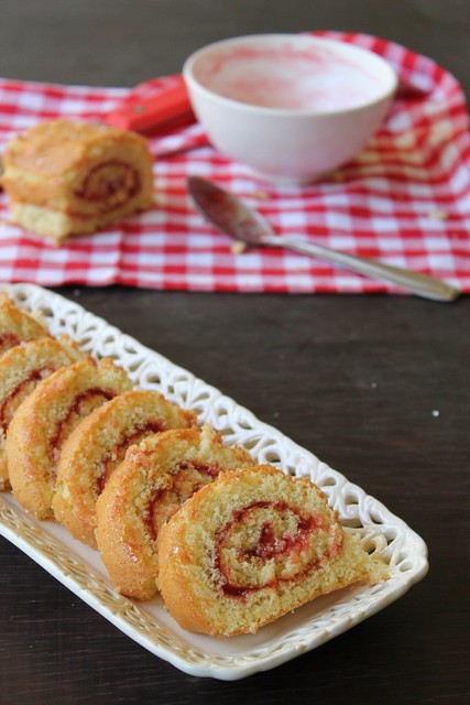 Mixed Fruit Jam Roll