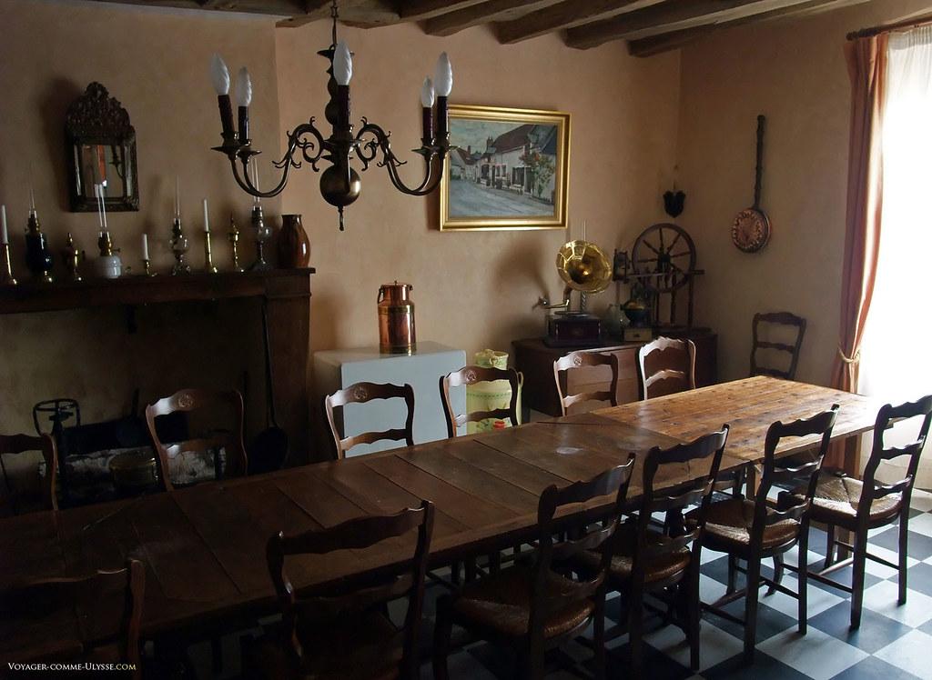 Cette salle du restaurant est idéale pour les grands repas gastronomiques
