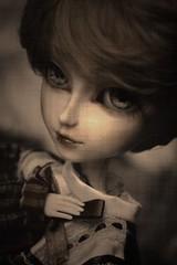 Christin (Queen Carcharias  Libuse) Tags: old white black eye make up sepia doll full wig pullip custo trange obitsu taeyang acrtylic crobidoll