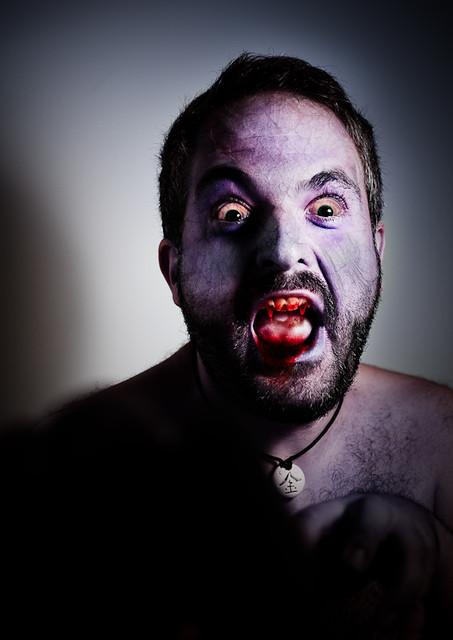 Zombi Vampiro o viceversa