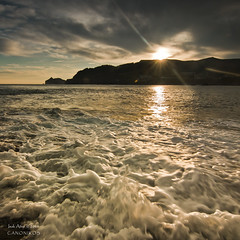 Maybe the sun will shine today ... `[Explore] (saki_axat) Tags: sun seascape water sunrise waves shine bakio wwwcanonikoscom