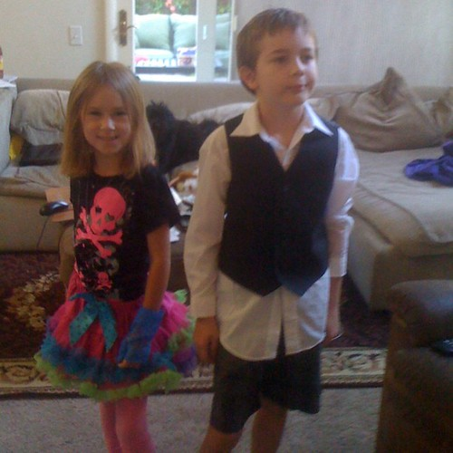 This is how @aaronvest and I's children dressed themselves for picture day ...hee hee hee