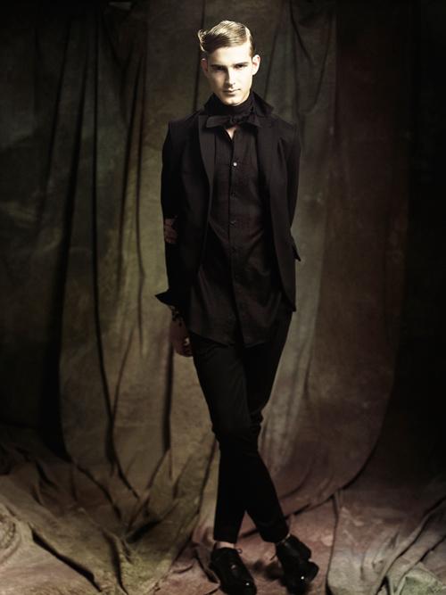 Jesper Larsson0137_GalaabenD SS12 Lookbook(Fashion Press)