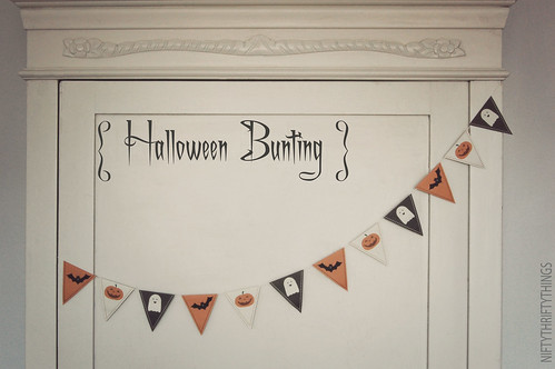 {free printable: halloween bunting & flags}