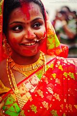 Sindur Khala : Bagbazar Puja Pandal (Sukanta Maikap Photography) Tags: india kolkata calcutta vermilion durgapuja dasara westbengal dasami canonef50mmf18ii dasera bagbazar canon450d sindurkhala durgapuja2011 10'thdayofdurgapuja sindurkhalaatbagbazar