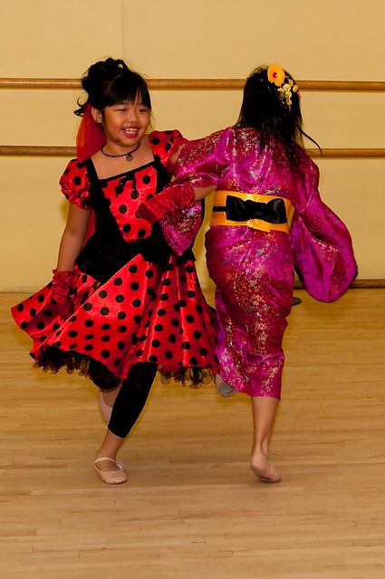 Halloween ballet '11 013