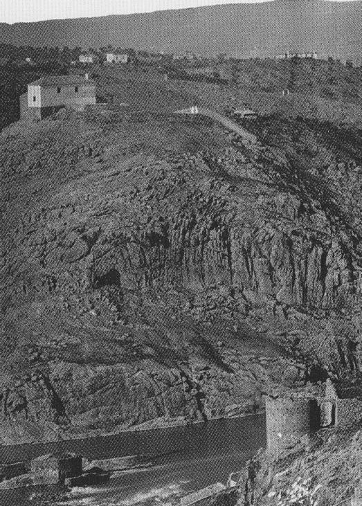 Ermita de la Cabeza en 1872. Detalle de una fotografía de Jean Laurent