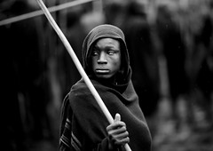 Surma Donga, searching for a fight - Omo Ethiopia (Eric Lafforgue) Tags: africa people blackandwhite horizontal person togetherness artistic noiretblanc competition ornament together barefoot omovalley ritual warriors bodypainting fighters ethiopia rite ensemble stickfight stickfighting surma personne humanbeing rituel headdress adornment afrique pigments hitting headwear virility headgear omo eastafrica donga suri abyssinia ethiopie combattants traditionalclothes frapper piedsnus blackandwhitepicture guerriers 2652 nomadicpeople surmatribe etrehumain virilite habittraditionnel photoennoiretblanc suripeople valleedelomo peuplenomade peoplesoftheomovalley saginay surmapeople peuplesdelavalleedelomo suritribe combatdebatons sagenai