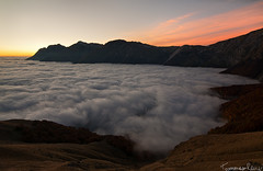 Somewhere Over the Clouds (Tommaso Renzi) Tags: parco clouds sunrise tommaso di tivo abruzzo nazionale gransasso renzi prati montidellalaga heliopan parconazionaledelgransassoemontidellalaga pietracamela overtheclouds
