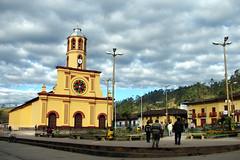 Iglesia y plaza (Csar Edgardo. CED) Tags: plaza miguel de landscape photography photo iglesia paisaje per ced cajamarca religiosa san pallaques