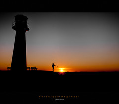 Dreamin' (Veronique Regimbal) Tags: light sunset sky sun lighthouse seascape nature colors silhouette night landscape lights nikon lumire couleurs vero phare ilesdelamadeleine coucherdesoleil vro 2470mm grandangle magdalenisland etangdunord naturewatcher clickcamera d300s pndt veroreg
