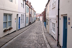 DSC_0214 - Whitby (SWJuk) Tags: uk autumn england nikon holidays yorkshire cleveland whitby cobbles northyorkshire cottages 2011 henriettastreet clevelandway d40 nikond40 myfreecopyright swjuk sep2011