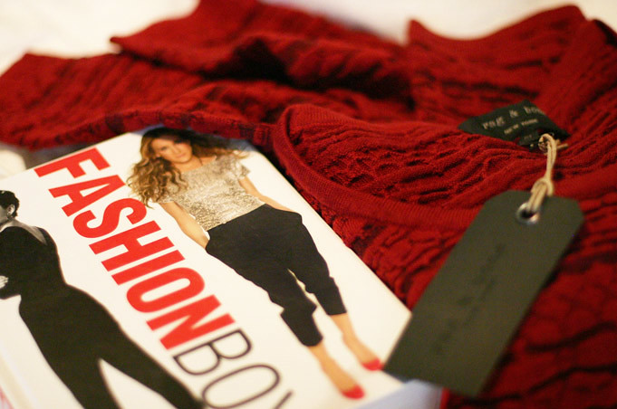 Rag & Bone Bryn Cropped Sweater, Fashion book, Sarah Jessica Parker Fashion, Audrey Hepburn