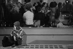 in and out (Winfried Veil) Tags: street leica blackandwhite bw berlin window bar night germany deutschland 50mm veil nacht fenster strasse streetphotography streetlife rangefinder sw nightlife schwarzweiss summilux asph winfried bar3 kneipe m9 matador berlinmitte nachtleben 2011 blackandhwite bardrei messsucher mobilew leicam9 schwarzzublau winfriedveil veilwinfried