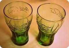 Cola Time (AmyySchu) Tags: light shadow color green cup glass nikon cola tea drink coke cocacola coca picnik amyy peachtea nikond3100