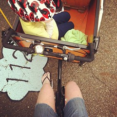 Doing it Rodzinski style today: flops. #bike #cargobike #familybike #tricycle #schoolpickup (rebourneclothing.com) Tags: bike bicycle square power tricycle squareformat rise pedal cargobike haleytrike familybike boxbike cargotrike iphoneography instagramapp uploaded:by=instagram bikeminivan