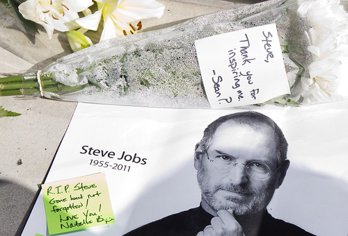 Steve Jobs Tribute, Michigan Avenue Apple Store
