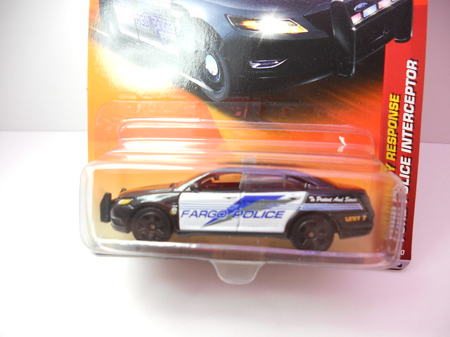 matchbox ford police interceptor (2)