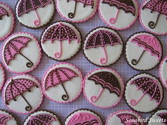 Baby Shower Umbrellas (Songbird Sweets) Tags: umbrellas babyshower sugarcookies songbirdsweets