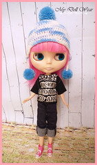 Blythe Outfit - Casual T-Shirt & Stretch Jeans