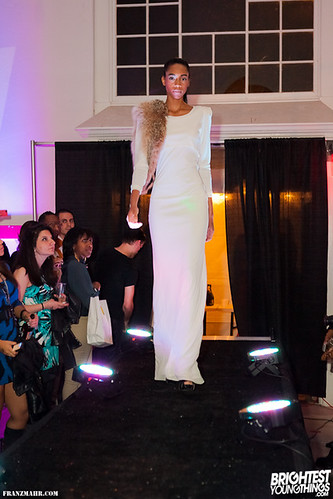 district fashion show223044